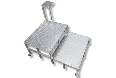 アルミ製ステップ台